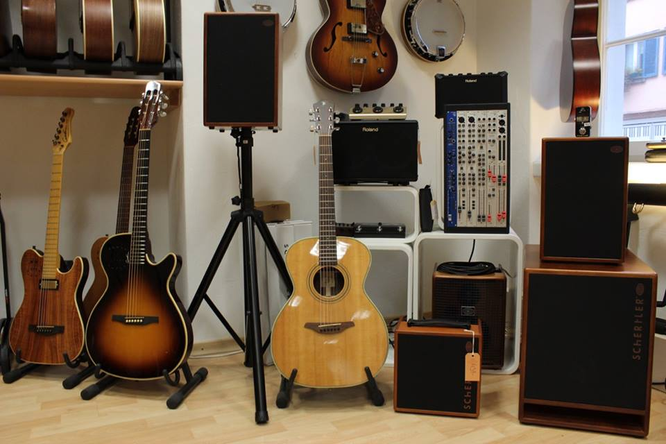 Acoustic là gì? Tại sao dòng nhạc Acoustic luôn là dòng nhạc được yêu thích